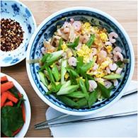 weeknight shrimp pad thai